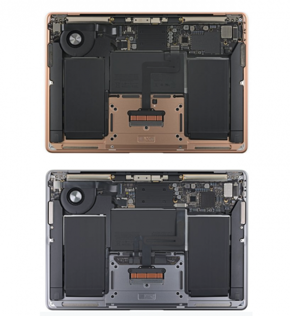 上:2019款MacBook Air 下:2020款MacBook Air