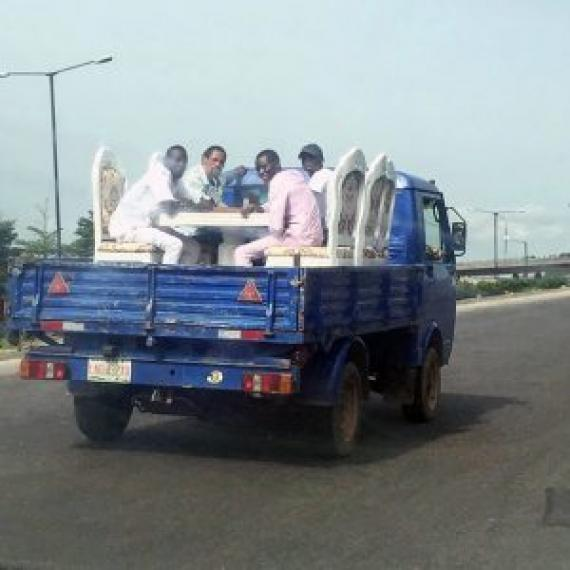 funny-things-on-the-road-12-5b641360f3456__605