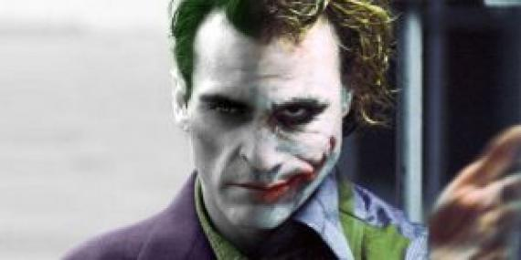 Heath-Ledger-and-Joaquin-Phoenix-as-the-Joker