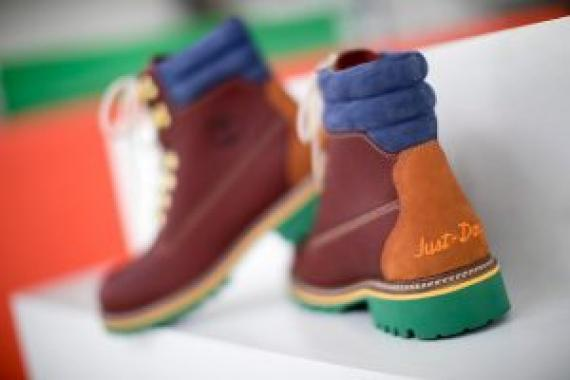 https_hk.hypebeast.comfiles201811don-c-timberland-6-inch-boot-collaboration-5