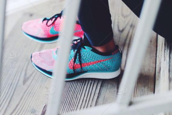 stock-photo-pink-blue-colorful-running-steps-blurred-shoes-sneakers-feet-fce19c39-72af-47b5-ab06-ce852e5d4669