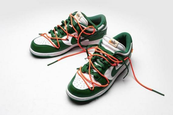 https___hk.hypebeast.com_files_2019_08_Off-White-x-Nike-SB-Dunk-Low-Pine-Green-closer-look-1