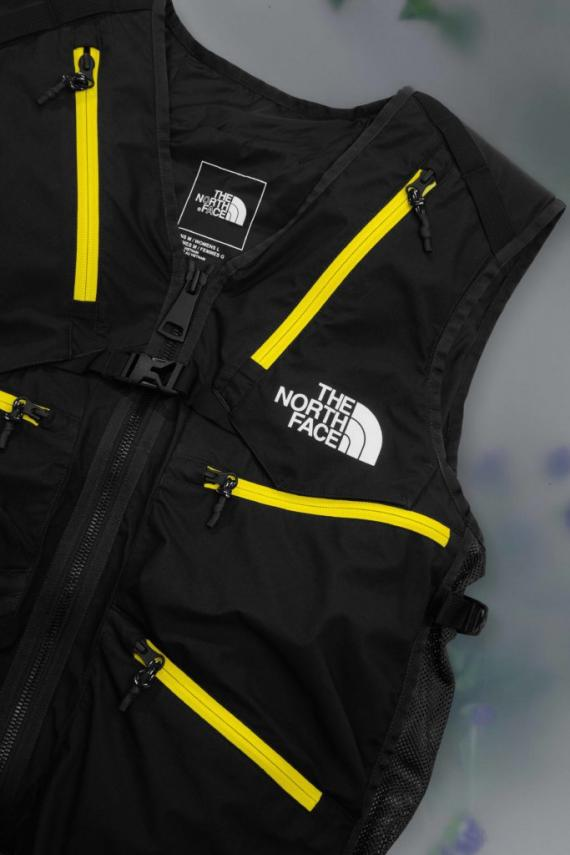 TNF_Blackseries_110819_Laydown_Vest_Black_009_a2_EDIT