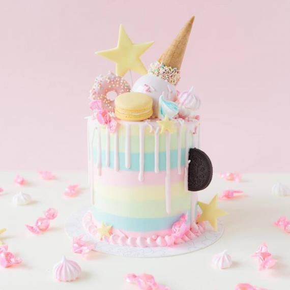 Desser Ttable ,Vive Team ,Alice In Wonder Land ,Theme ,Baby Girl ,Vive Cake Boutique